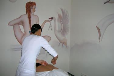 Wir verwöhnen Sie mit einer Massage im Haus