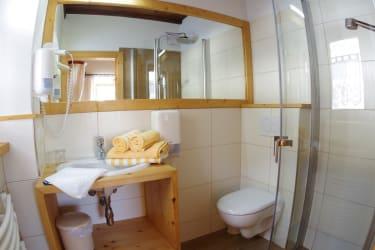 Badezimmer im Zimmer Nr.1