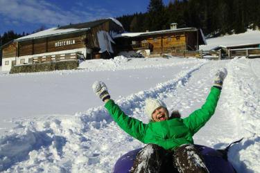 Snowtubing-fun