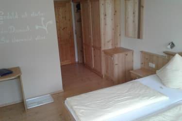 Südzimmer 1
