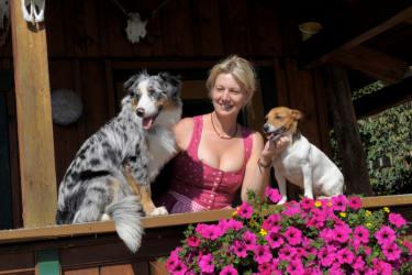 Christine mit Hunden