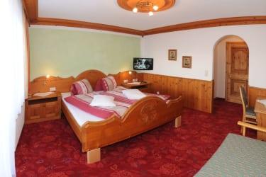Doppelzimmer mit Zustellbett