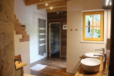 Bad mit Sauna vom Obstgartenhaus