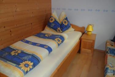 Kinderzimmer mit Couch