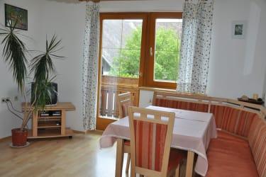 Wohnküche Ferienwohnung Zirbitz