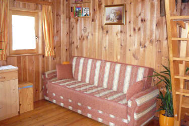 Gemütliche Couch auch zum Ausziehen