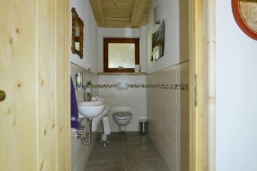 Toilette im Erdgeschoß