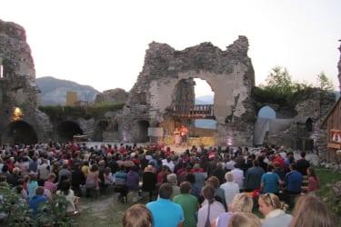 Kultur am Steinschloss