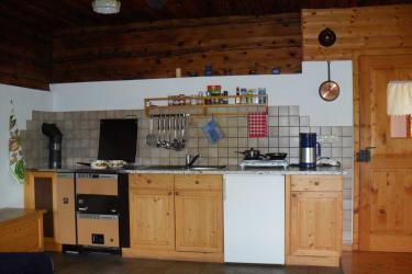 fertig ausgestattete Wohnküche