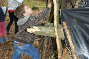 Wir bauen uns eine Hütte!