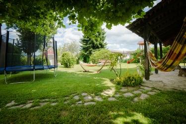 Unser Garten zum Spielen und Entspannen!