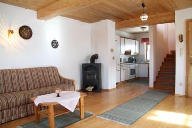 Stube, Küche - Holzwohnung