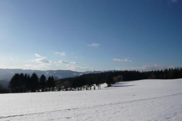 Blick über das verschneite Joglland