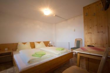 2-Raum Zimmer Enzian