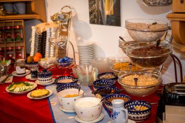Frühstück im Almhof