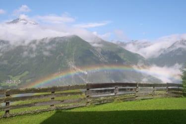 Regenbogen über dem Ötztal