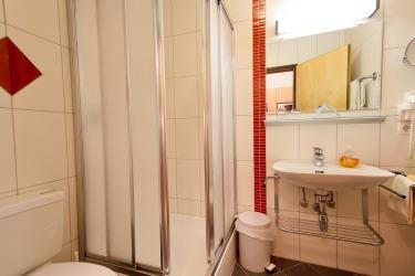 Appartement Blütenzauber 2 Bad mit Dusche