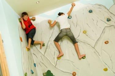 Kinderspielzimmer - Kletterwand