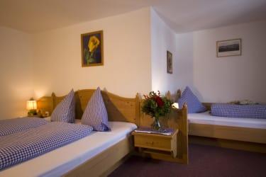 Zimmer Alpengasthof Praxmar
