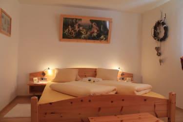 Schlafzimmer aus Zirbenhoz