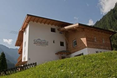 Haus mit Logo