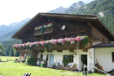 Bruggerhof in Leutasch Südansicht
