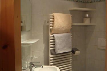 Neu renovierte DU mit WC einer Ferienwohnung