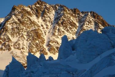 Ruderhofspitze with Alpine ice disintegration in the Stubaier Alps