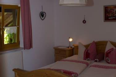 2. Schlafzimmer Fewo Blumenwiese