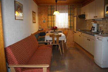 Buchensteinwand Küche