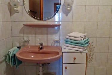 Badezimmer / Almblick