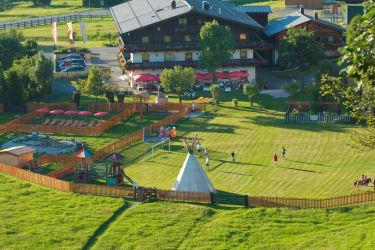Blick von Süden zum Feriengut Oberhabach