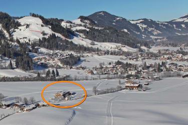 Lindenhof frisch verschneit