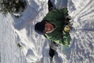 Liegen in Schnee