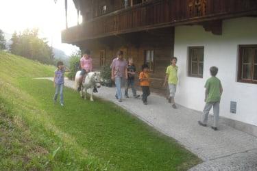 Ponyreiten mit der Bäuerin