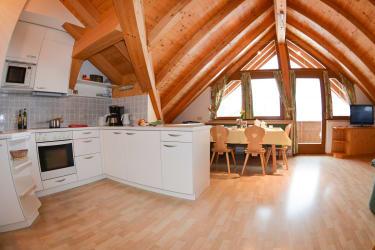 Wohn-Essbereich Wohnung Bergblick