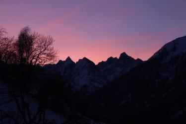 Morgenrot Über den Berggipfeln