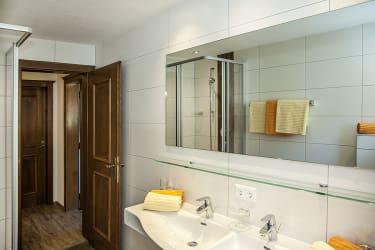 Wohnung Parseier - Badezimmer