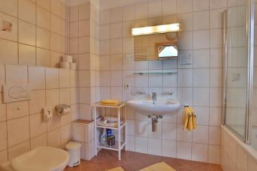 Ferienwohnung Edelweiß - Badezimmer Süd