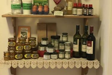 Produkte vom Bio-Bauernhof Rosenhof und Partnerbetrieben