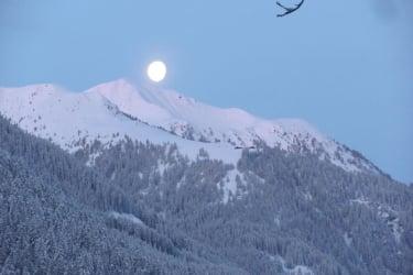 der Mond geht unter - der Tag beginnt