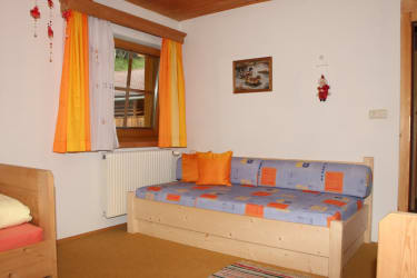 Kinderzimmer bzw. 3-Bett-Zimmer