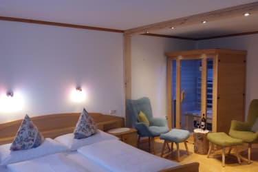 Luxus Zimmer mit Infrarotkabine