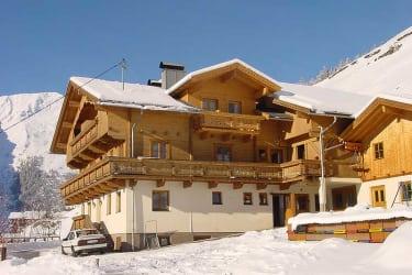 Winteransicht Haus Gutwenger