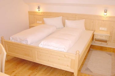 Doppelzimmer, Fewo Dorfblick