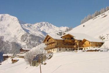 Winterwandern am sonnigen Hochberg