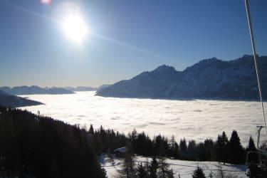 Über den Wolken - Lienz im Nebel