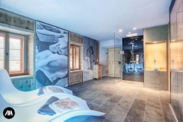 Ruheraum mit Dusche