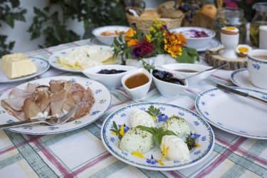 Frühstück am Klampererhof Virgen in Osttirol