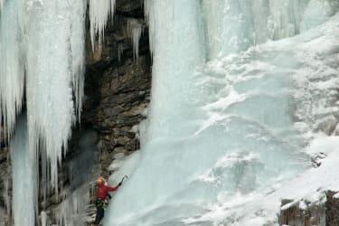 Eiskletterer im Hornbachtal